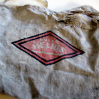 "Oma Utas alter Pflückersack mit Firmenemblem ""Polar Helios"" [:en]Grandma Utas old picker bag with the logo ""Polar Helios"""