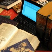 Eine Informationswirtin auf der Reise in die Vergangenheit