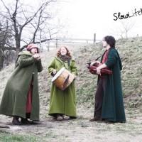 [:de]Flöte, Davul und Drehleier der Emscherflute beim Lärmfeuer in Eulsbach[:en]Flute, hurdy-gurdy and davul of the band Emscherflute at the Laermfeuer in Eulsbach