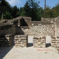 [:de]Wieder aufgebaute Reste des Römerbads Würzberg.[:en]Reconstructed remains of the roman bath in Wuerzberg.