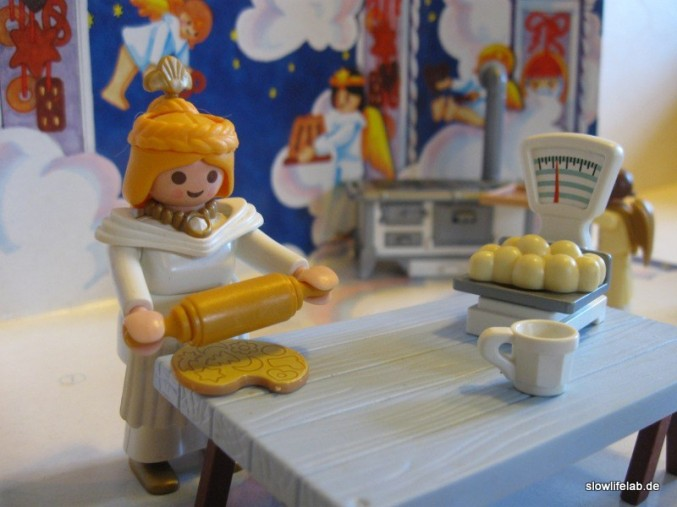 """Das Christkind backt - Der Adventskalender """"Weihnachtsbäckerei"""" von Playmobil"""