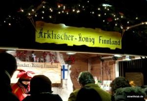 Marktstand für arktischen Hong aus Finnland im Skandinavischen Weihnachtsdorf im Wormser Hof