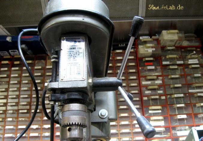 Alte Geräte werden in ihre Einzelteile aufgelöst