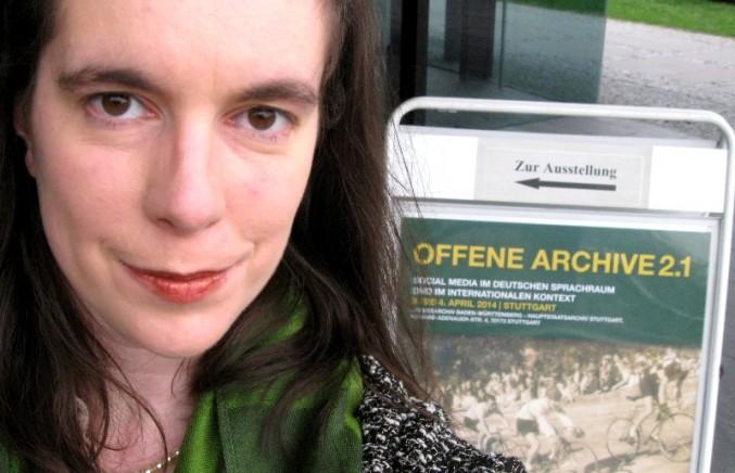 Alice Scheerer vor der Konferenz 'Offene Archive 2.1'