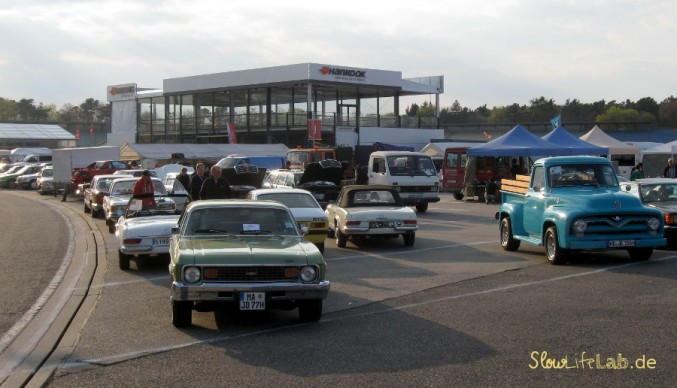Zumindest am Insider-Tag dominierten die Youngtimer auf dem Komplettfahrzeugmarkt.